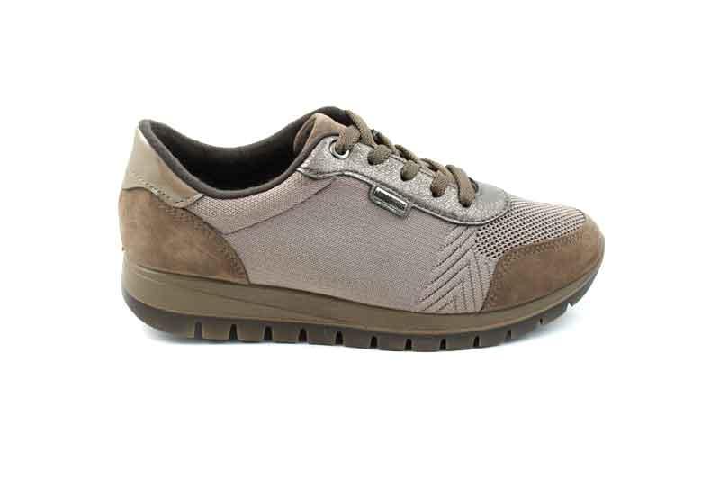 Minőségi és kényelmi cipők otthona VIBA cipő webáruház